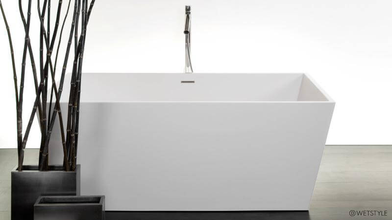 The BC 08-01 bathtub from the Cube collection features slender edges in comparison with other models, which allows a roomier interior while minimizing the space required for installation. This tub is only available for free standing installation, and a wenge-colored bathtub caddy is included.