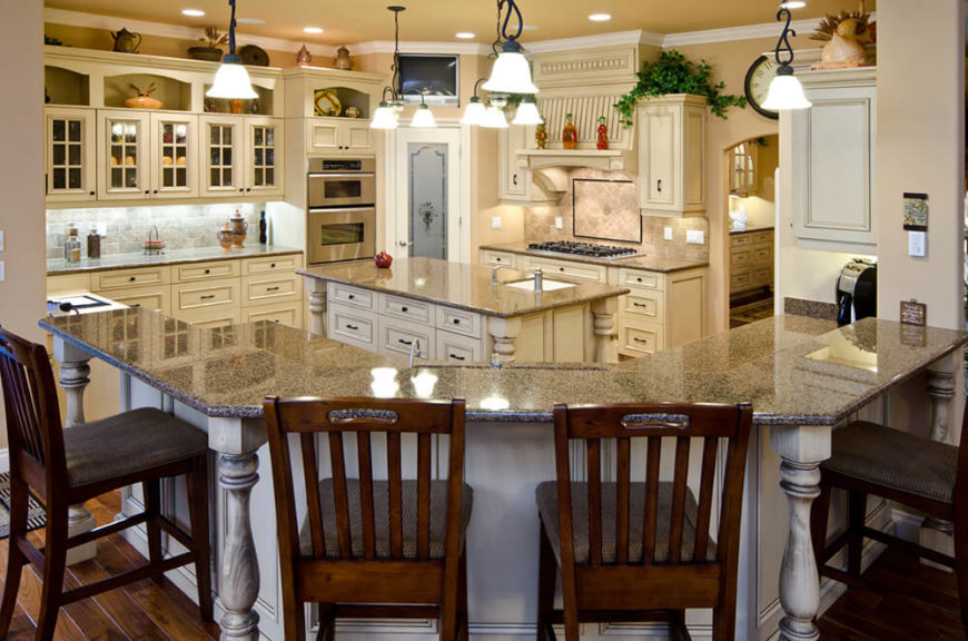 Traditional Galley Kitchen Designs 25 of our very best traditional kitchen designs (fantastic pictures)