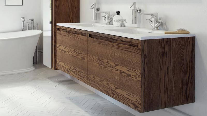 As the largest Element offering, the 60 inch vanity supports two large-basin sinks and dual drawers. The 60 inch vanity also comes with the option of adding inner pull-out drawers, as the rest of the Element collection does.