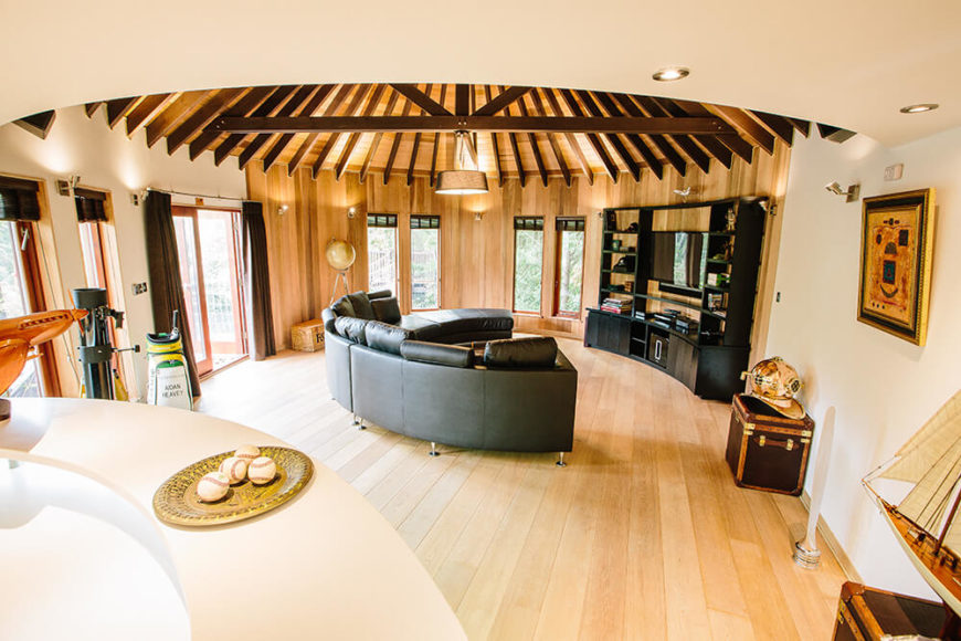 The interior was designed for entertaining and parties. The designers intended the space for family gatherings and for the owners children to have a space to hang out with their friends. Finished with a combination of the oak floors and premium grade cedar lining, the interior is meant to invoke a light, airy and luxurious feel.