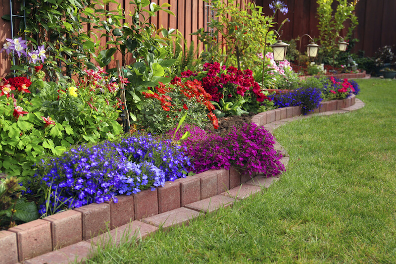 If You Prefer A Smooth Edge, Use Pavers To Easily Define Your Flower Beds.