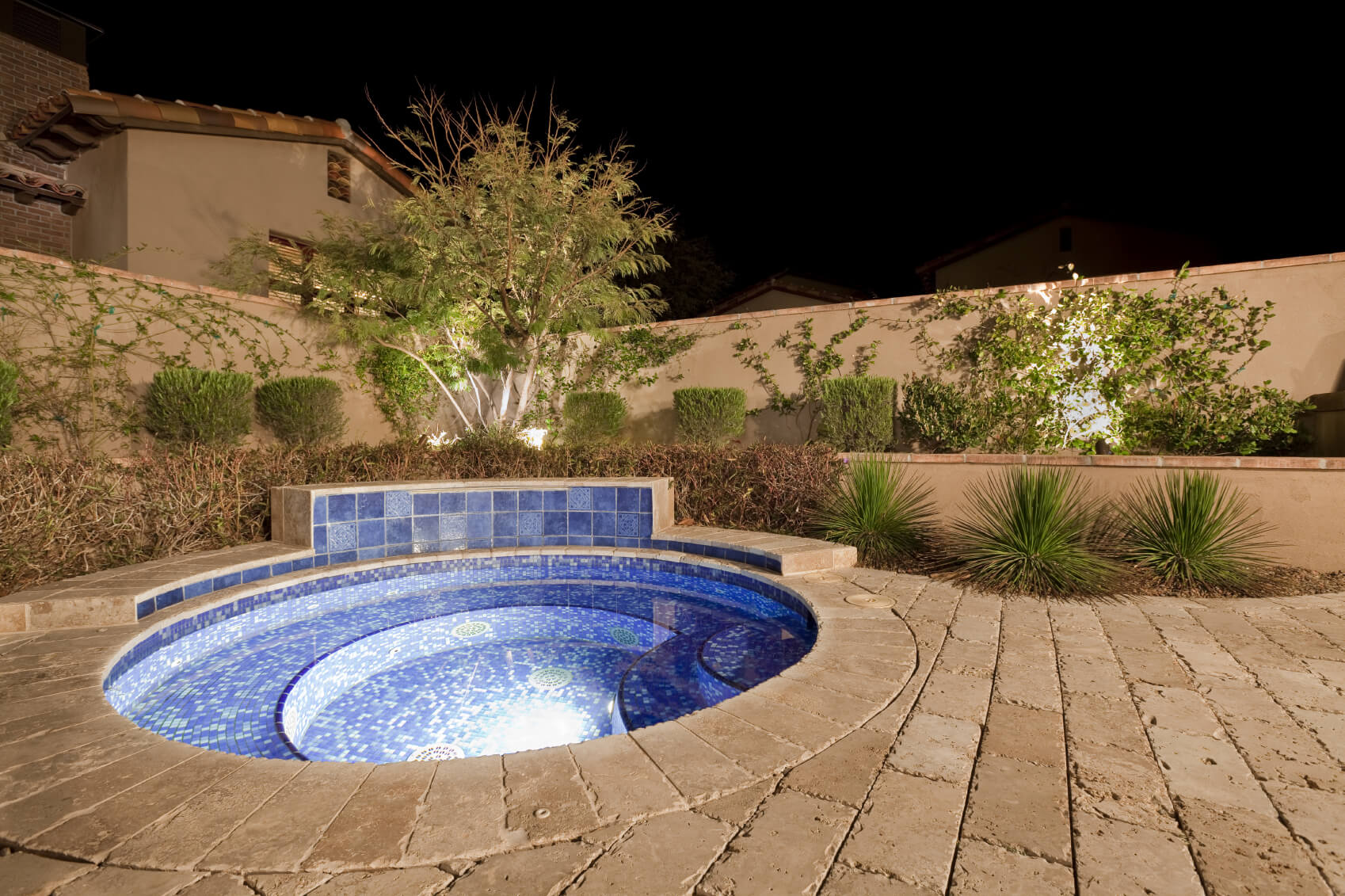 23 amazing small pool ideas for Best pool design 2015