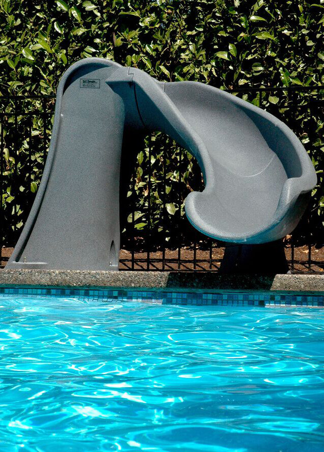 A very simple and short pool slide. This slide is perfect for younger children.