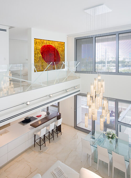 Even etched glass looks fantastic, bringing a more contemporary flair to a usually minimalist and modern design choice.