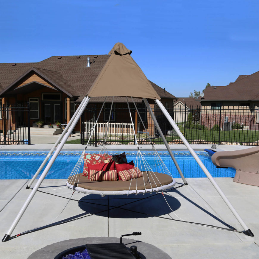 This poolside circular swing has a large swing seat so that it may fit multiple people. This swing's suspension allows it to sway in any direction, even in circles. This range makes this swing versatile and fun. While other swings have limited direction, you can swing in 180 degrees as you wish.