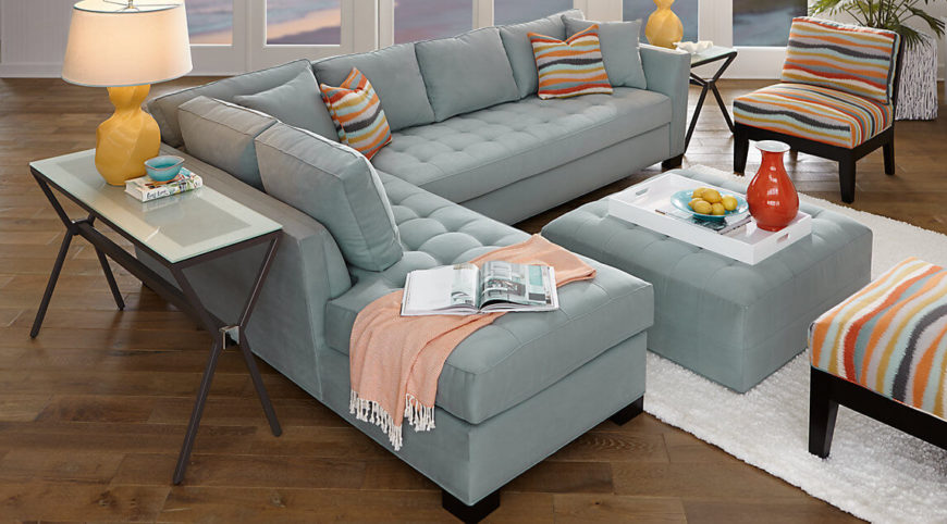 Here Is A Classic Style Sectional Sofa. A Simple Color Allows The Pillows  To Tie