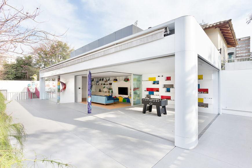 Innovative Toy House by Pascali Semerdjian Architects