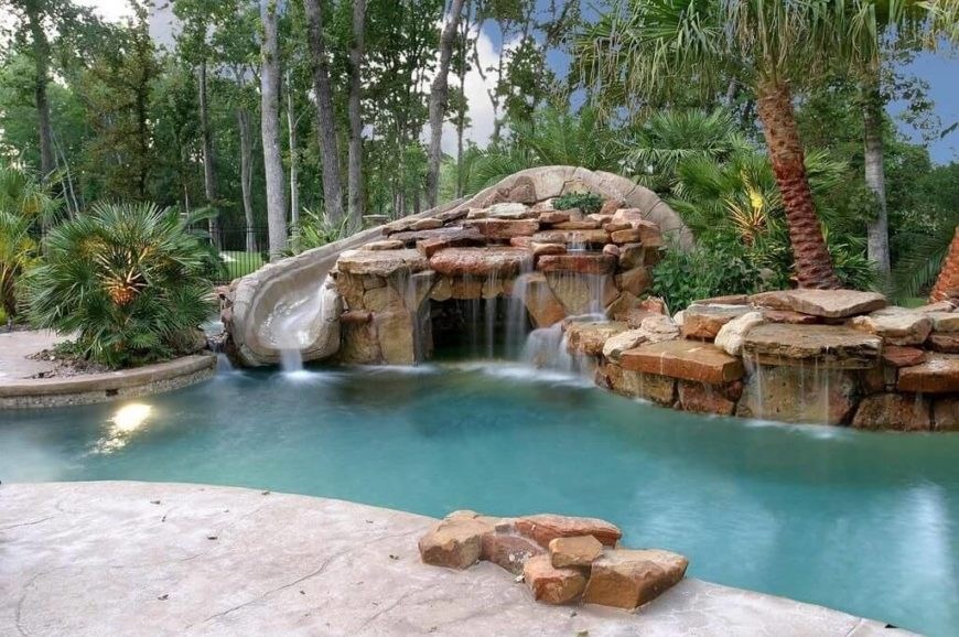 This water park has a grotto that is adorned with a number of smaller waterfalls. These numerous waterfalls are great for building a dynamic and natural look.