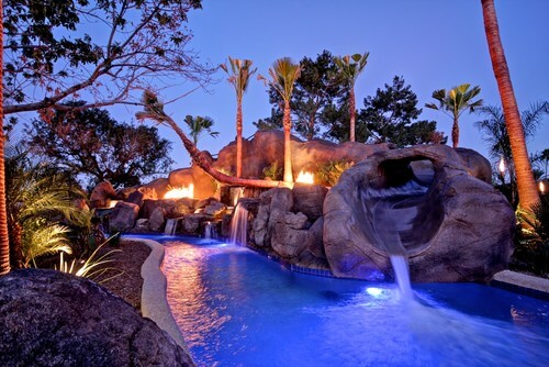 With plenty of rock features and a sloping entrance to your pool, your water park can have a mountainesque grotto appeal. This is a fun and exciting look for a water park area.