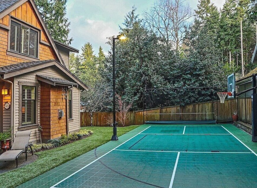 34 spectacular backyard sports court ideas for How to build a sport court