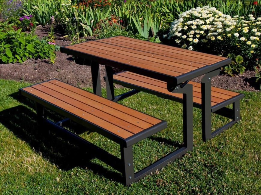 Patio Table Seats 10