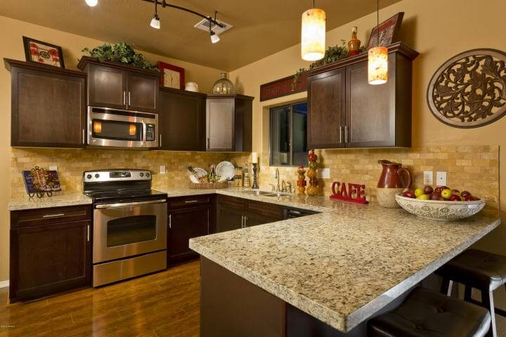 This Kitchen Is Simple And Uncomplicated In Its Design However It Still Uses A