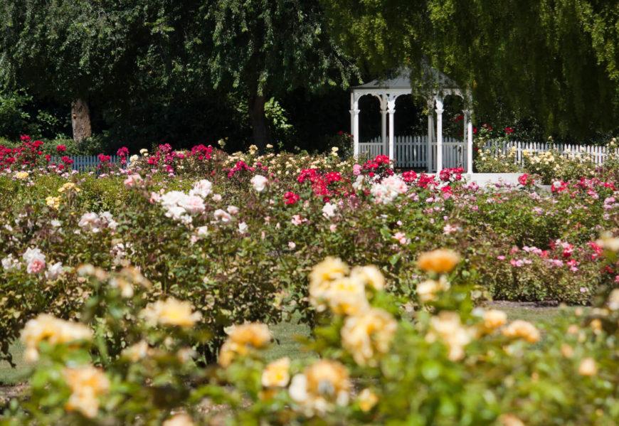 32 Remarkable Garden Gazebo Ideas