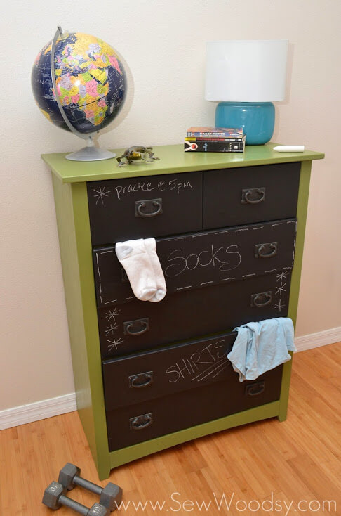96 diy room dcor ideas to liven up your home this clever dresser solution lets teens write notes on their dresser or label the drawers accordingly solutioingenieria Gallery