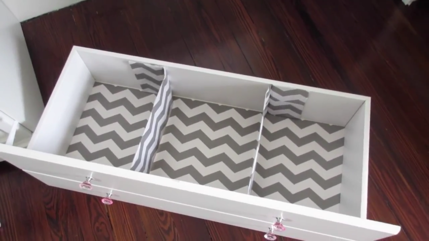 96 diy room dcor ideas to liven up your home these adorable cardboard drawer dividers are the perfect way to keep babys clothes neatly separated solutioingenieria Image collections