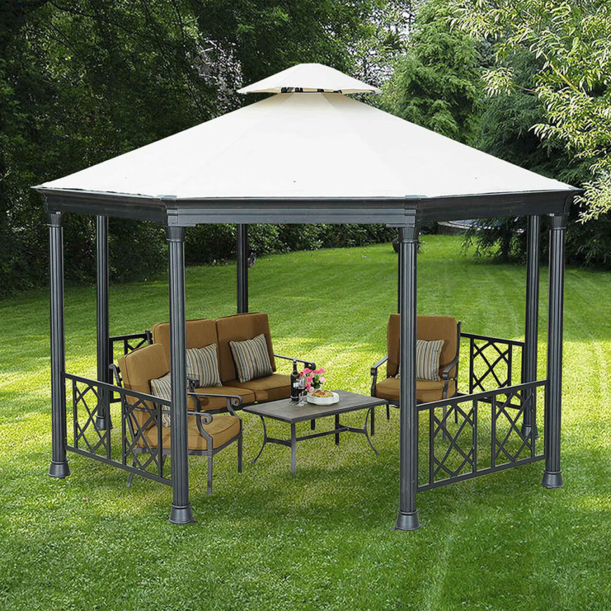 Metal gazebos come with a variety of different features that vary from one gazebo to the next. This one has a white cloth top which give this one a brighter visual appeal.