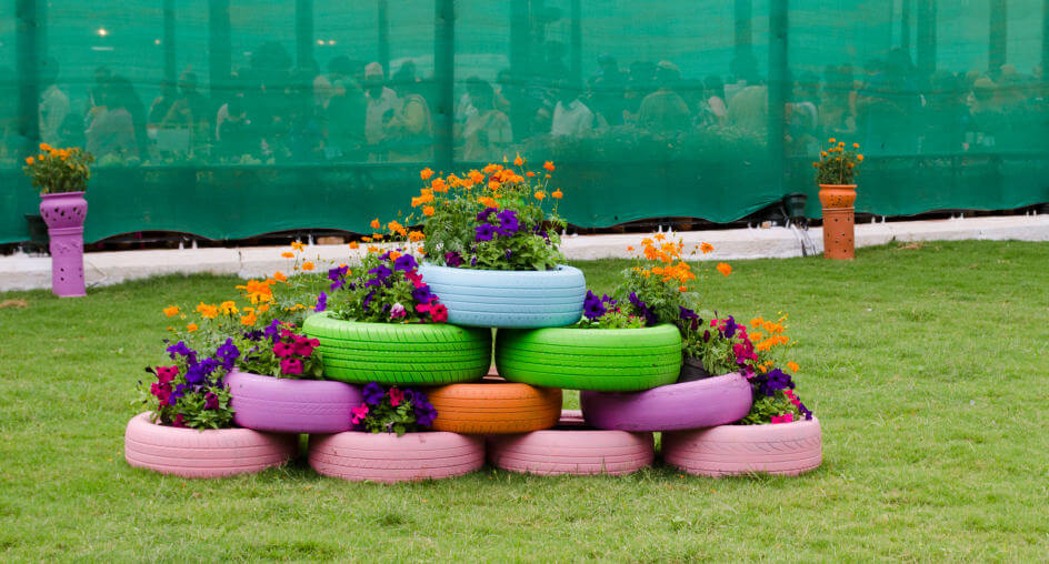 29 Flower Tire Planter Ideas for Your Yard (and Home) - photo#7