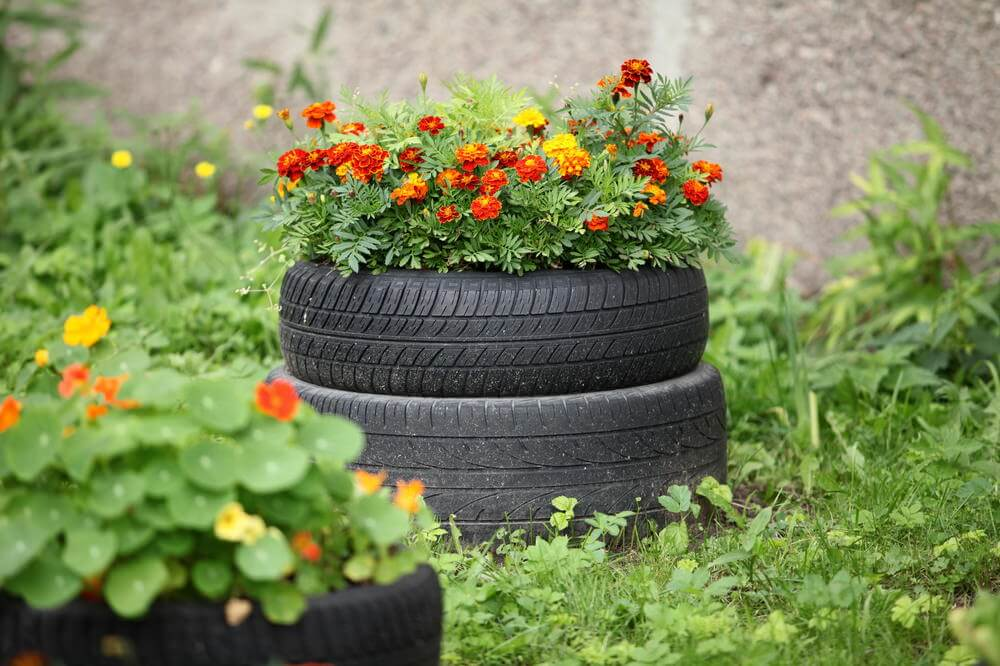 29 Flower Tire Planter Ideas for Your Yard (and Home ... - photo#19