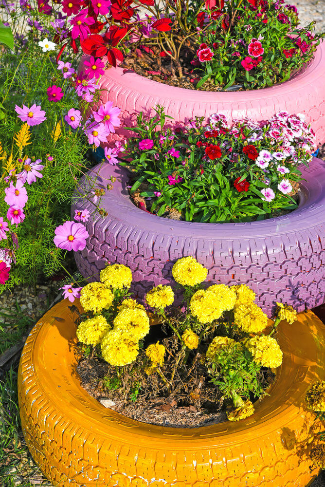 29 Flower Tire Planter Ideas for Your Yard (and Home) - photo#6