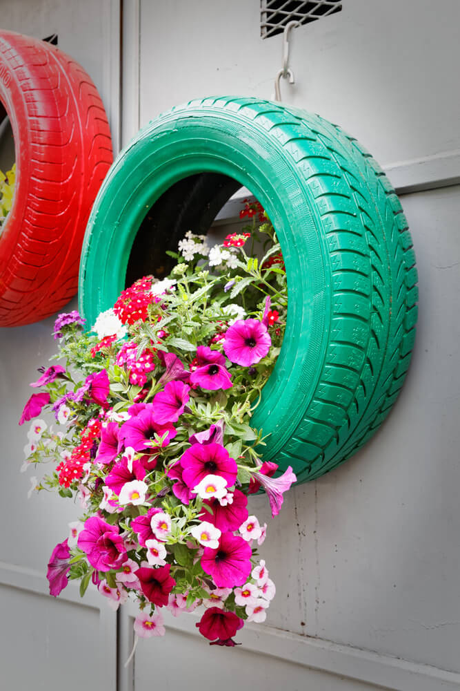 29 Flower Tire Planter Ideas for Your Yard (and Home ... - photo#11
