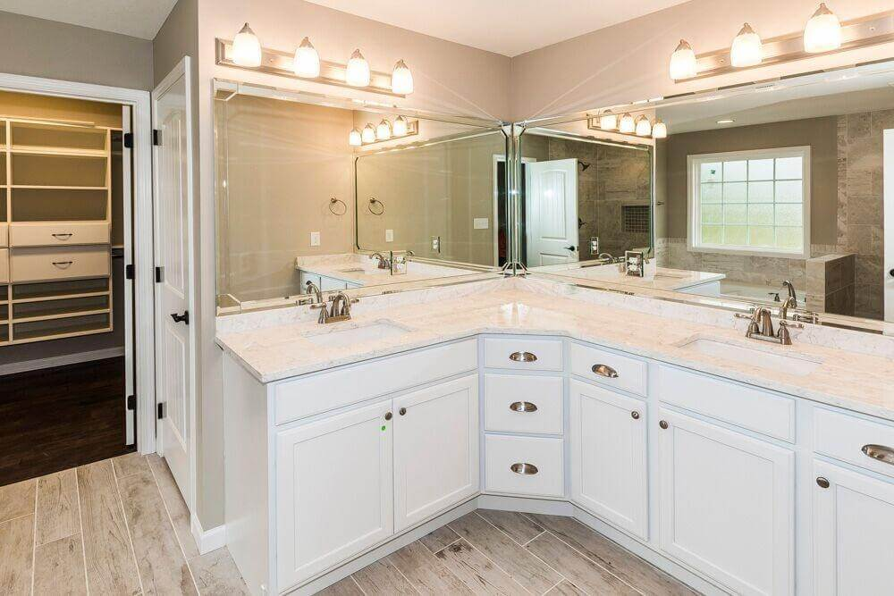 30 Bathrooms With L Shaped Vanities