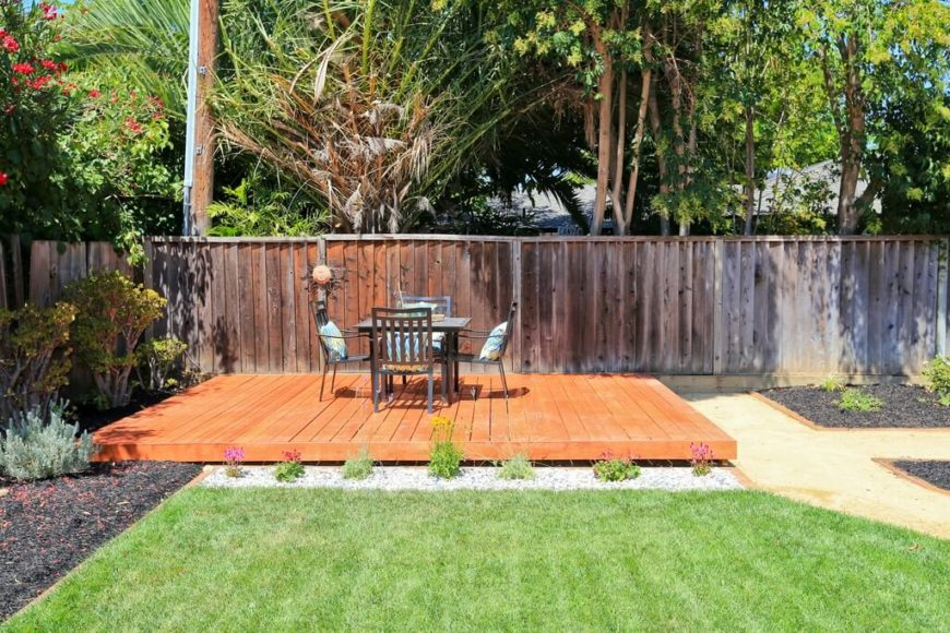 Heres Another Simple Minimalist Floating Deck Design The Bright Wood Stain Helps It Stand