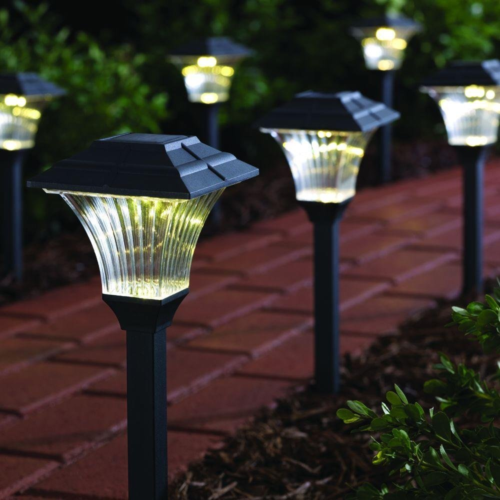 Solar Powered LED Pathway Lighting