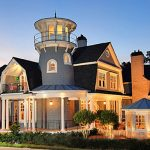 19 Shingle-Style Homes (Diverse Photo Collection)