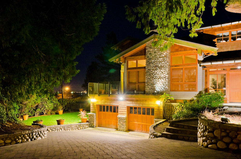 15 different outdoor lighting ideas for your home all types garage lights aloadofball Images