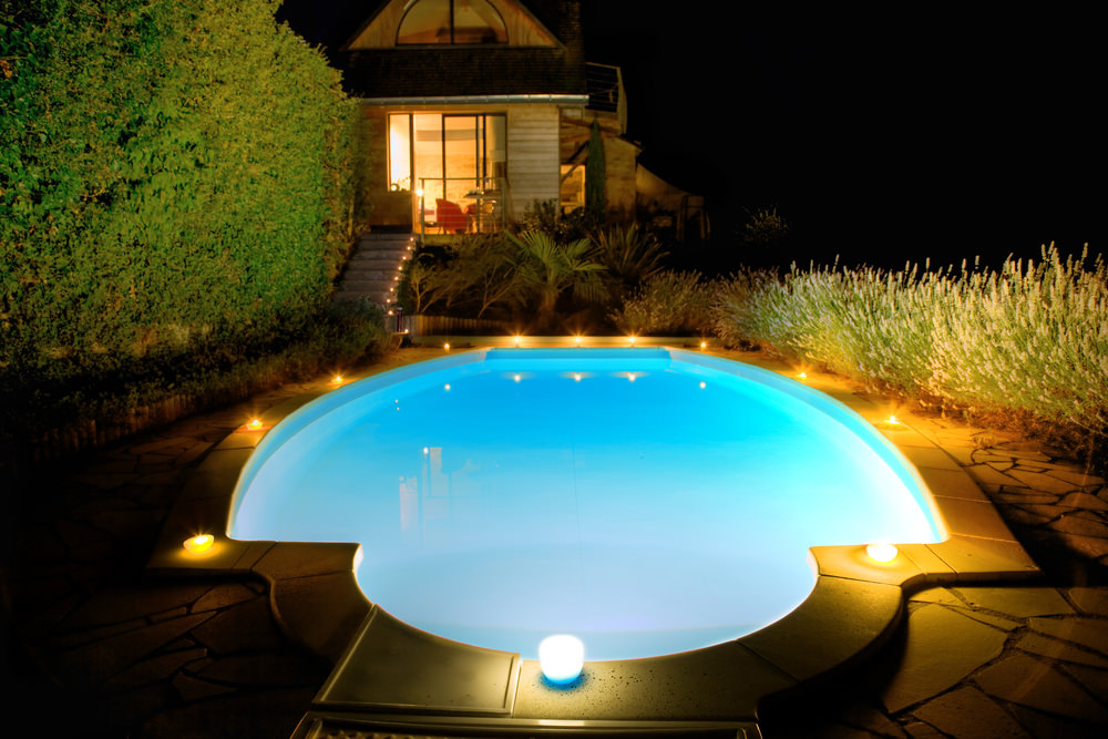 Swimming Pool lights Pool lit up at night Outdoor inground pool lit up at night ... & 15 Different Outdoor Lighting Ideas for Your Home (All Types) azcodes.com