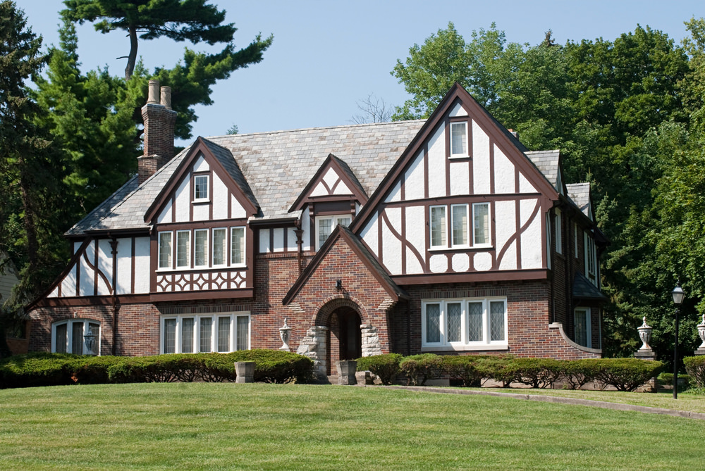 32 types of architectural styles for the home modern for Historic tudor house plans