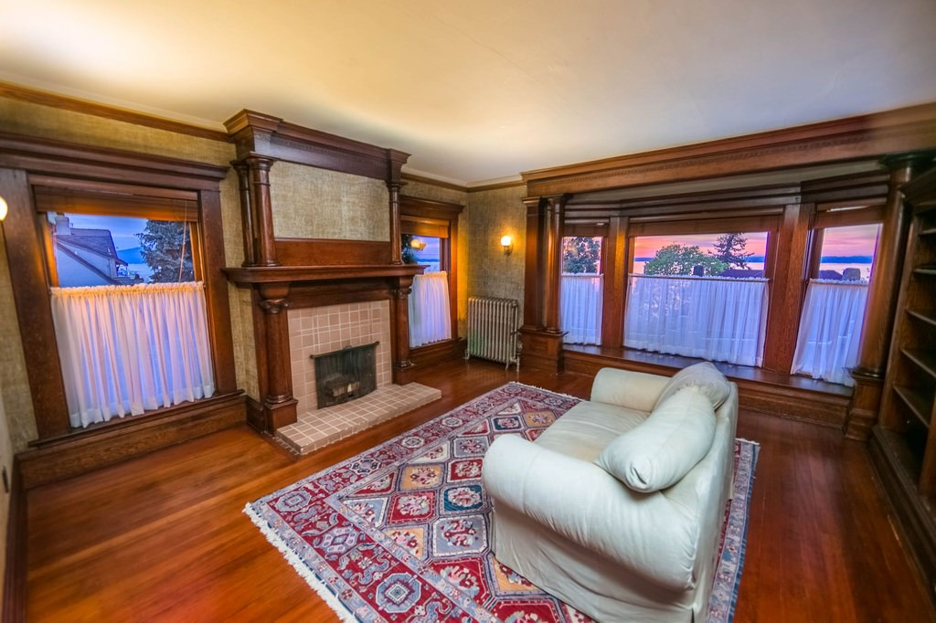 9zb American Foursquare Home Interior ...
