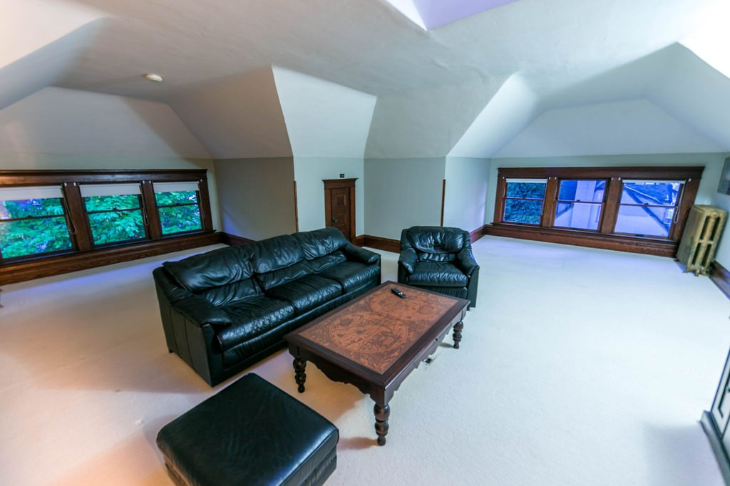 3rd floor massive open attic room in an American Foursquare home