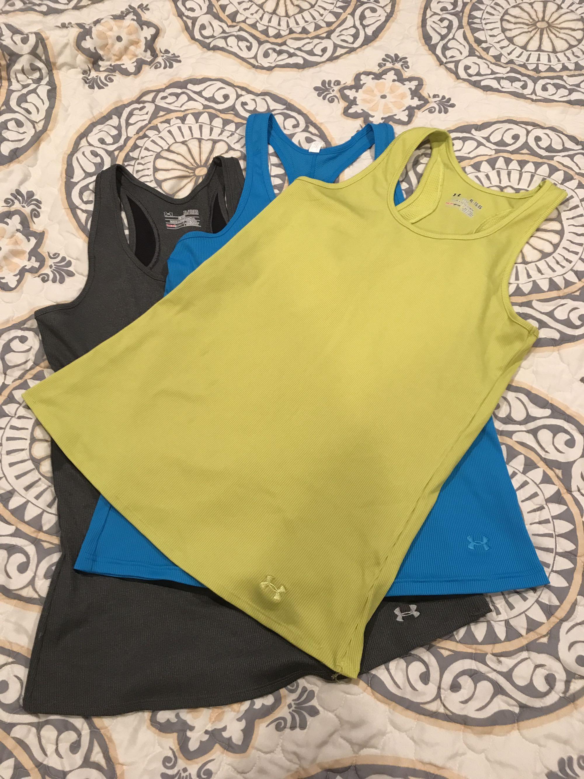 Women's UA heat gear tank bundle of 3