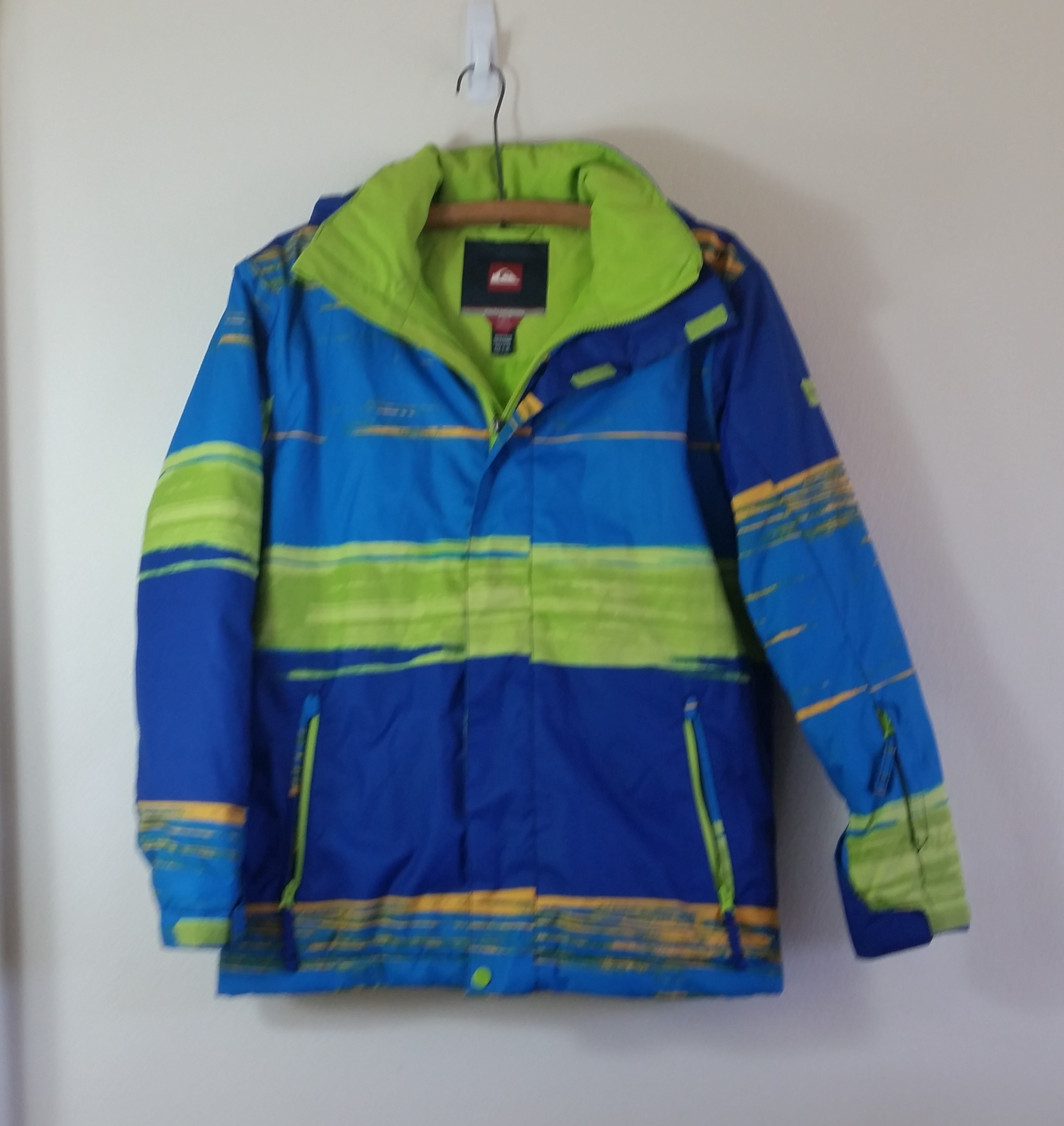 091701575 Pre-Owned Kids Size XL Quicksilver Snowboard Jacket $60 obo