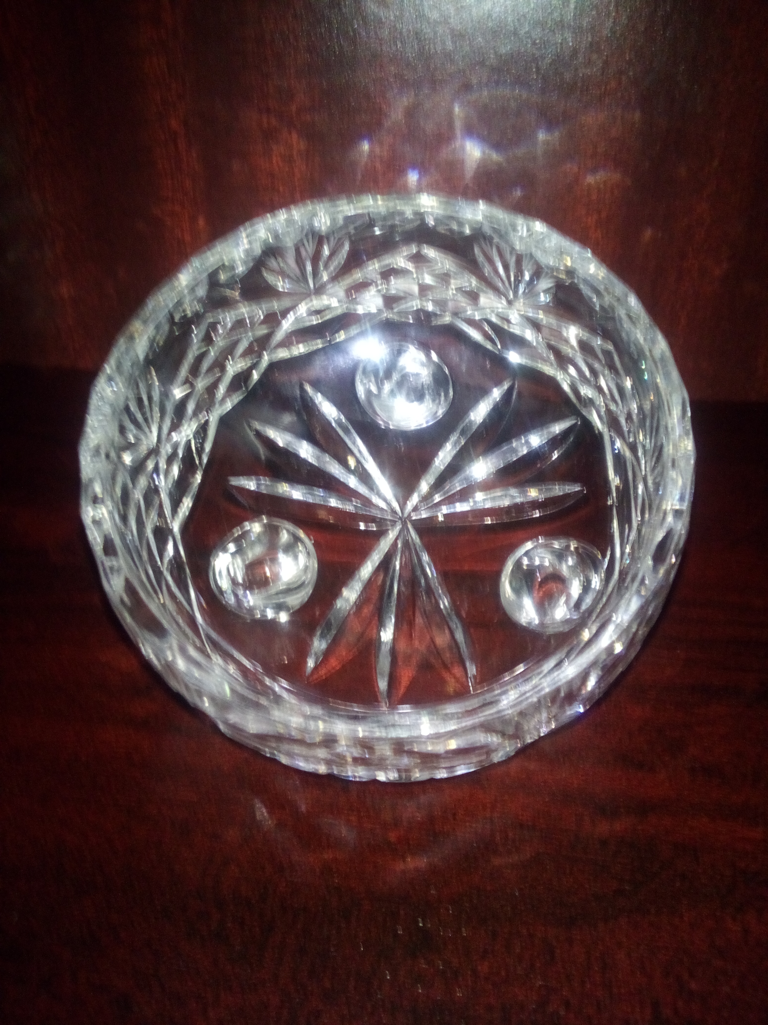 Crystal diamond dish