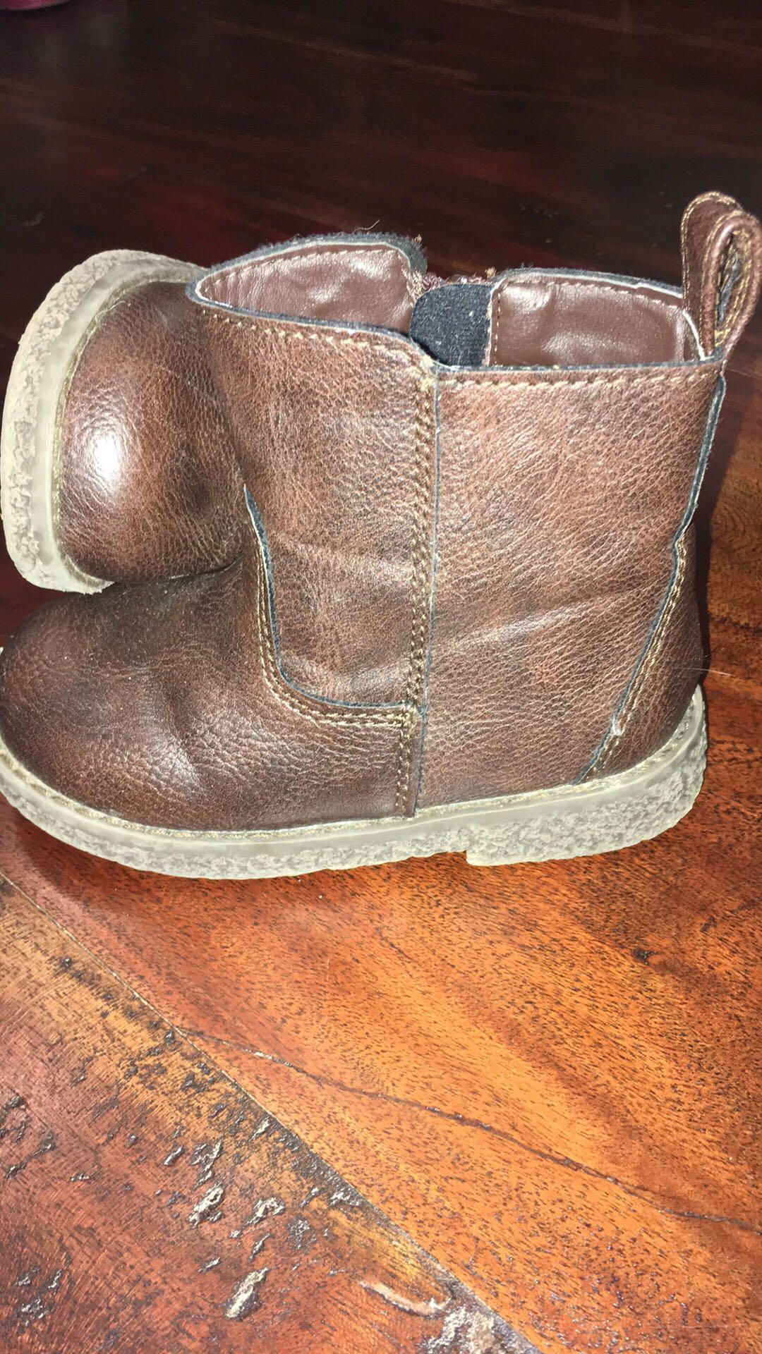 GAP Brown Boots