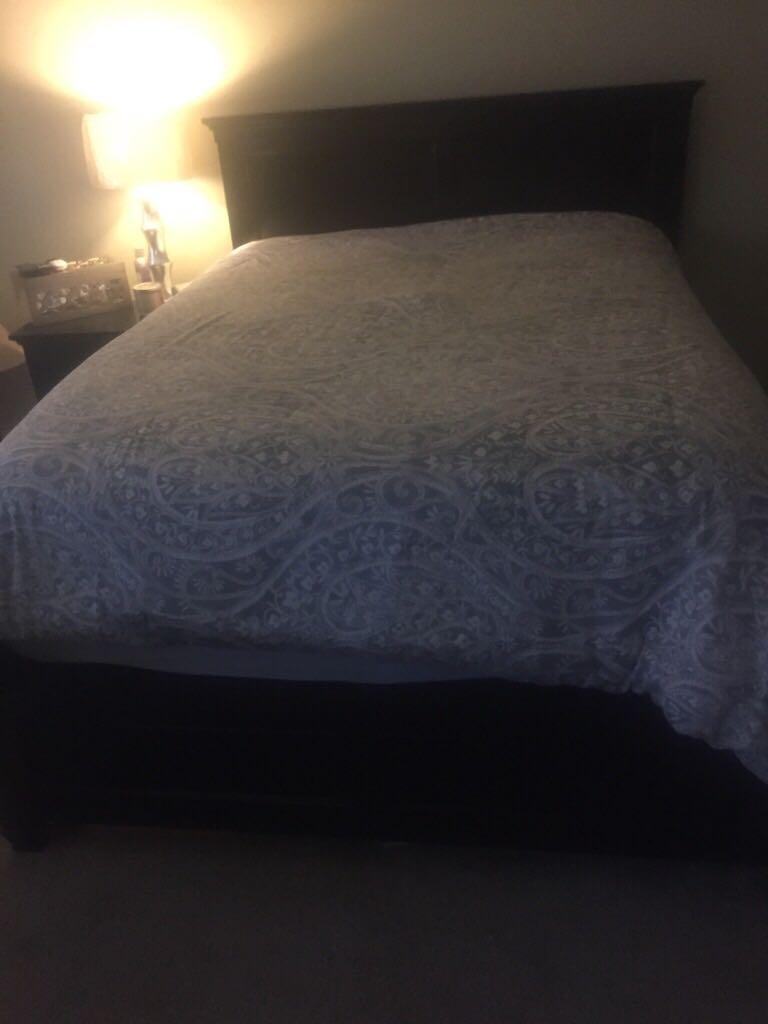 Savanna Queen Bedroom Set