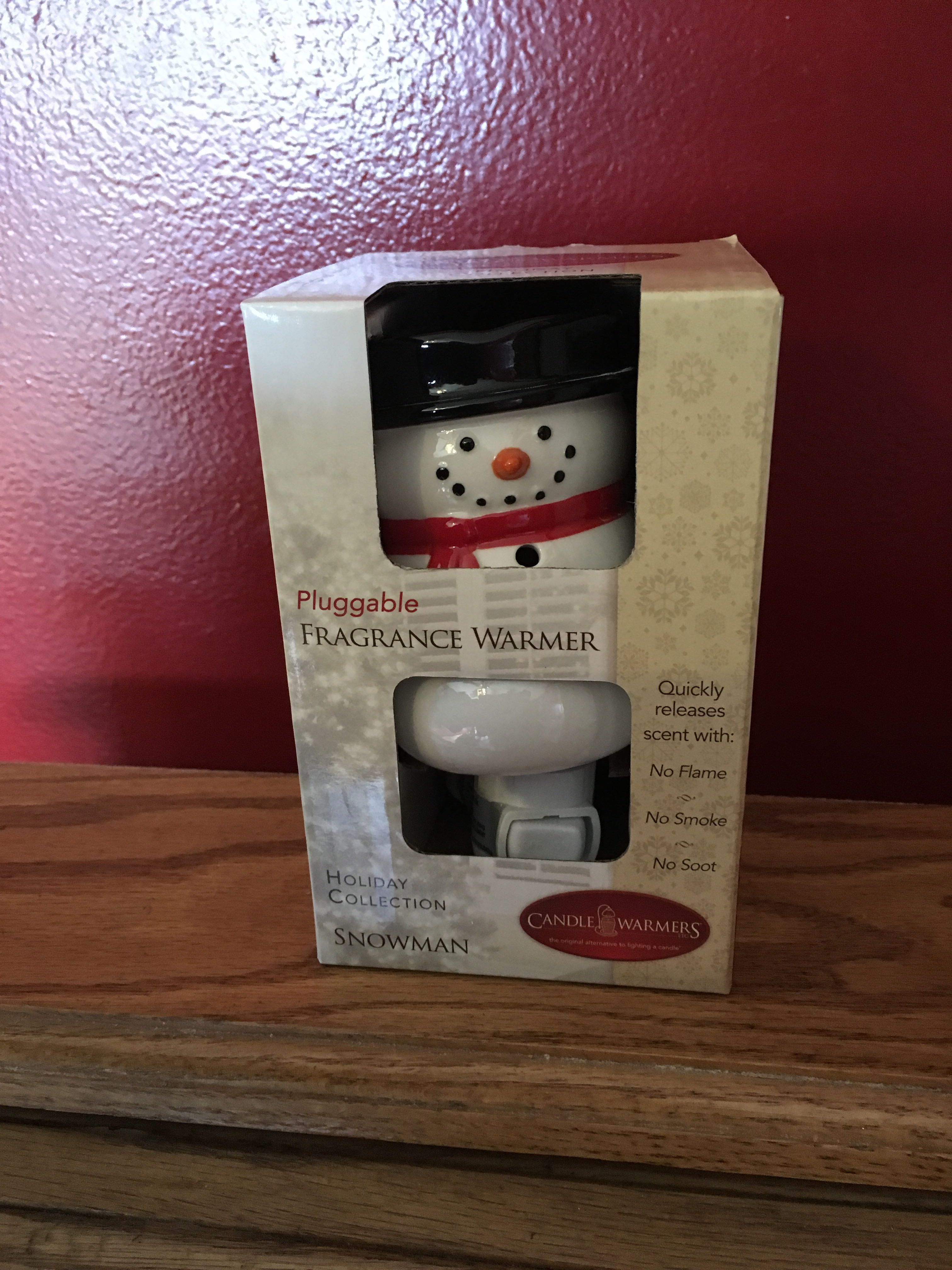 New Snowman Outlet Wax Warmer - with free wax melts!