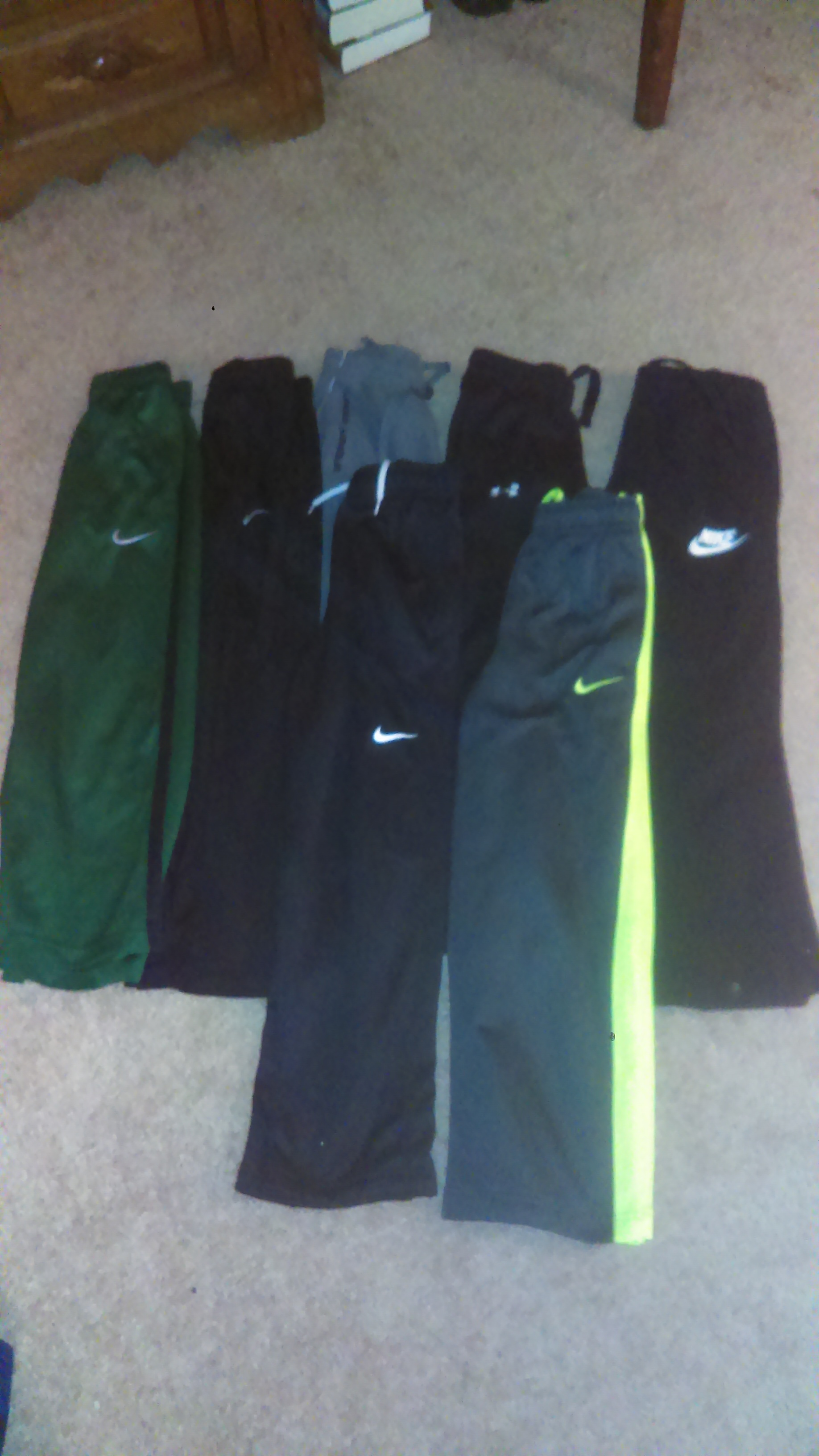 Youth small under armor and Nike