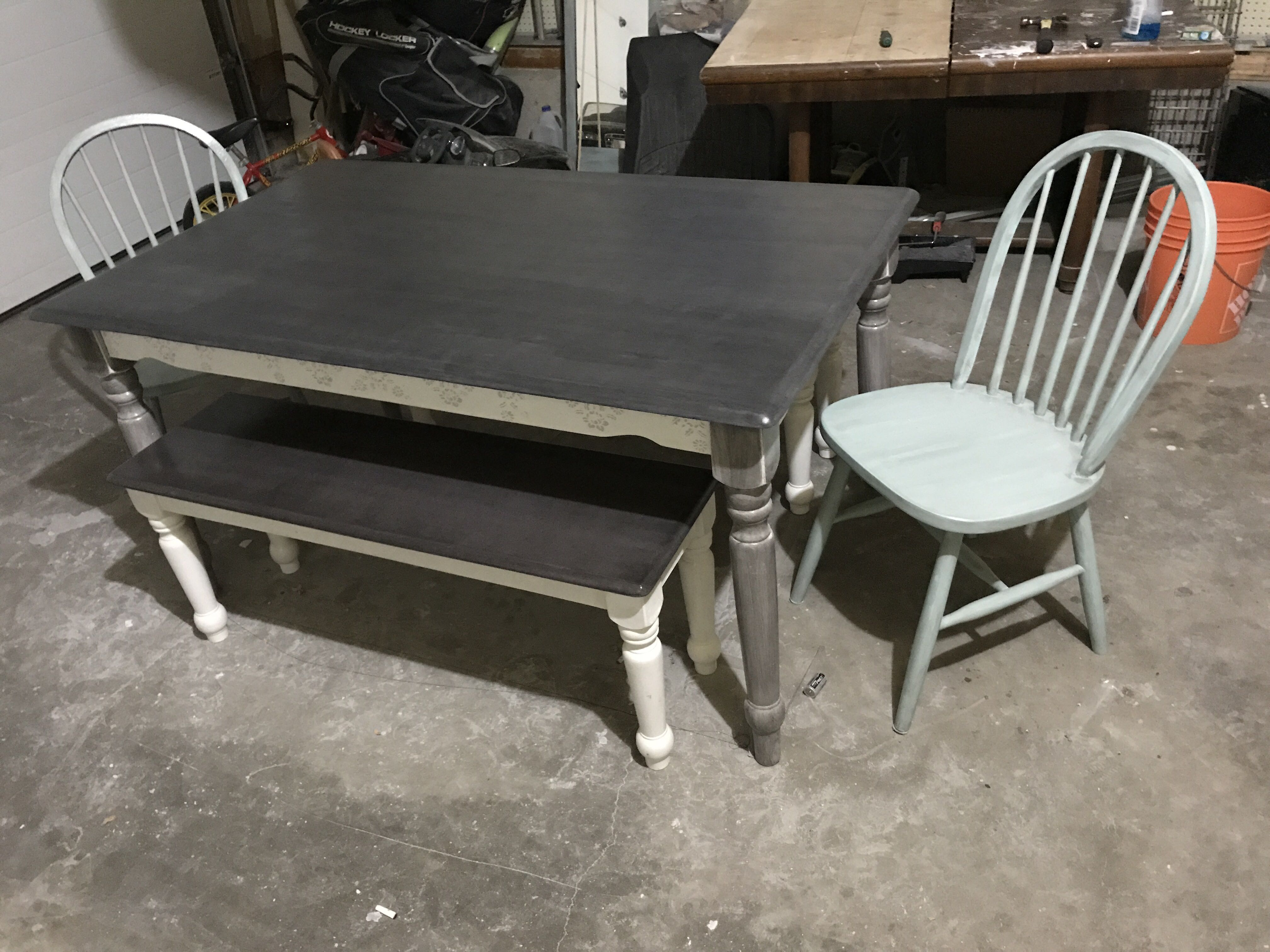 Beautiful country dining set