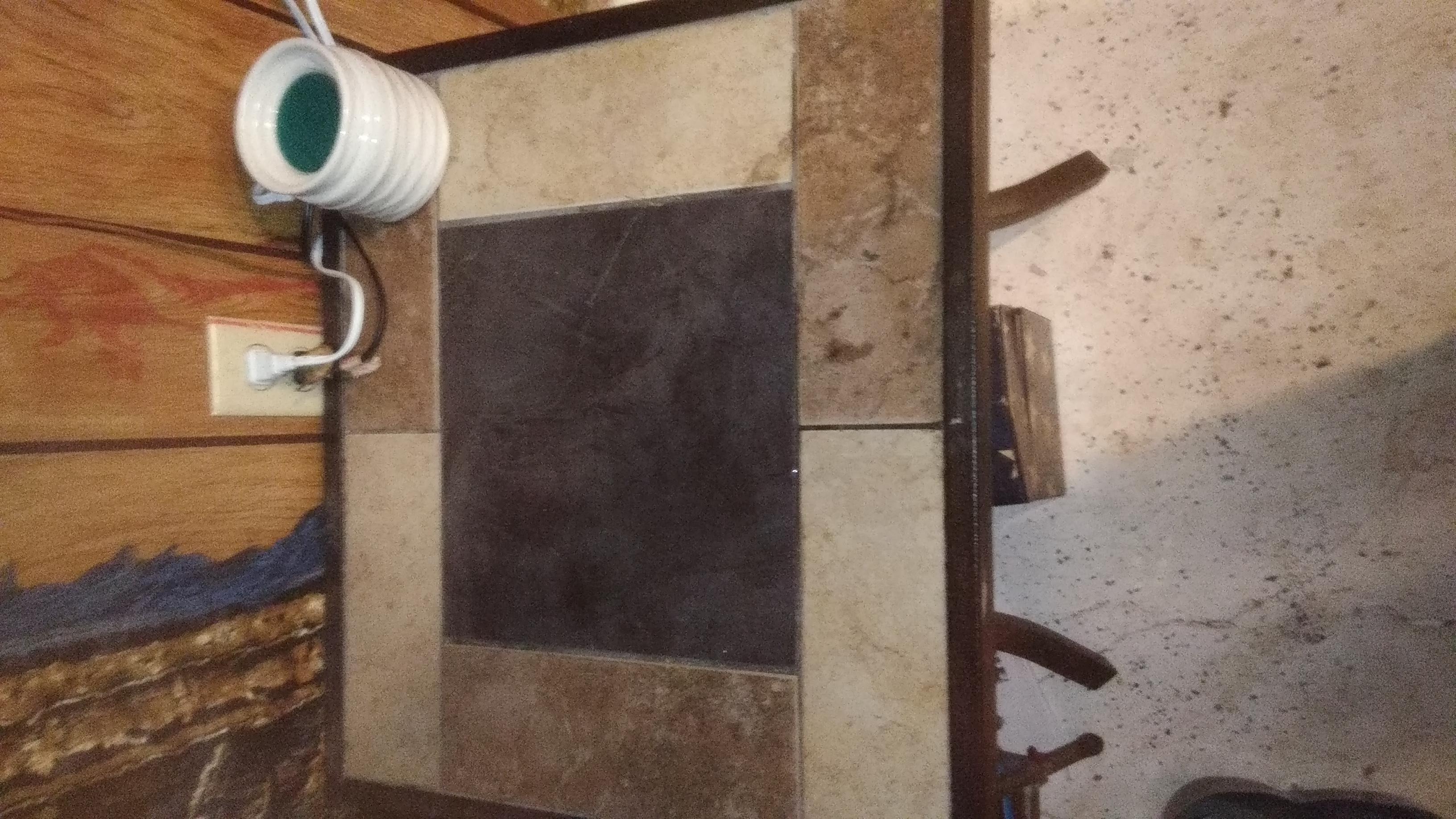 Tile corner table