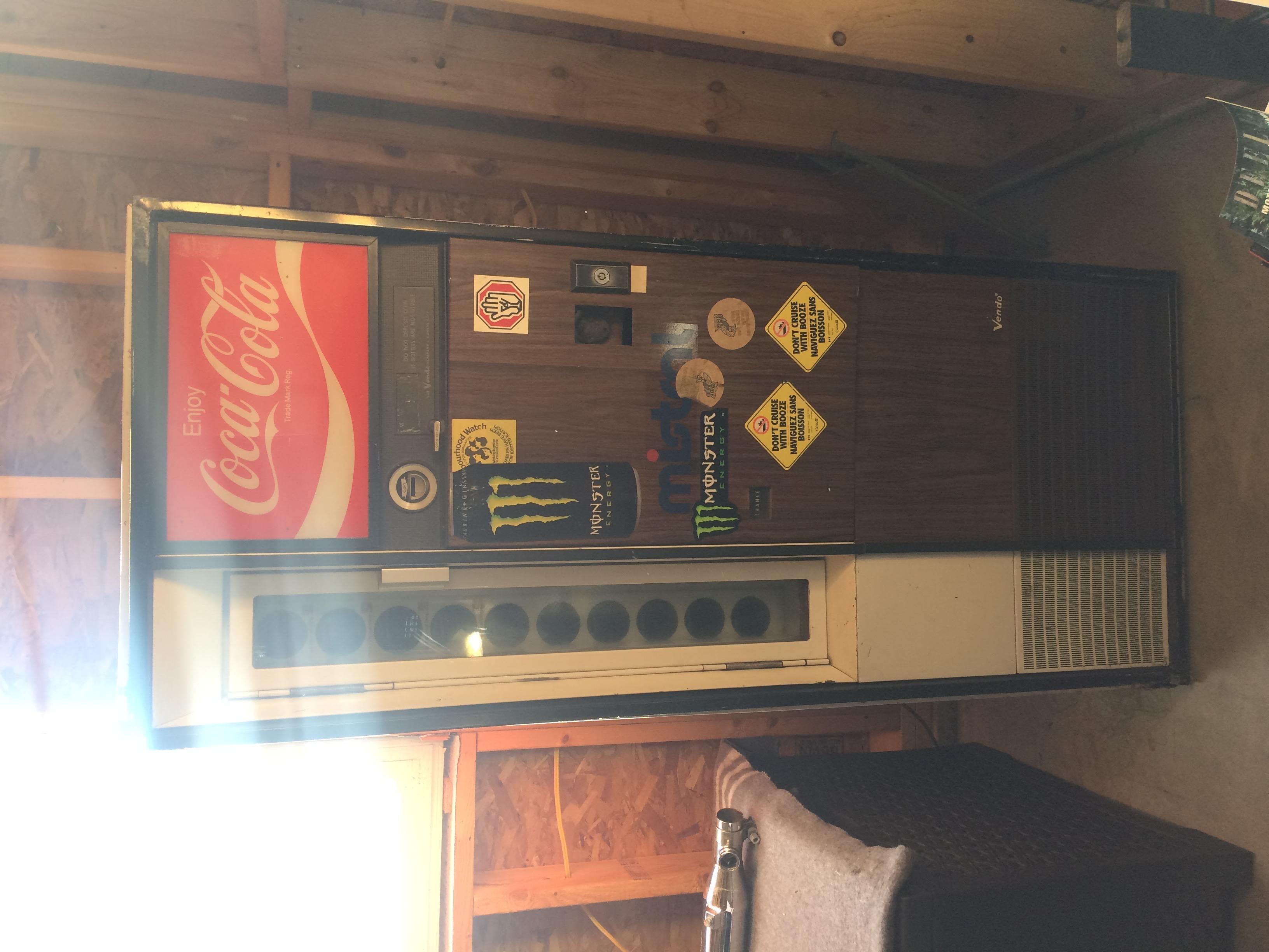 1972 Vendo V90 coke machine