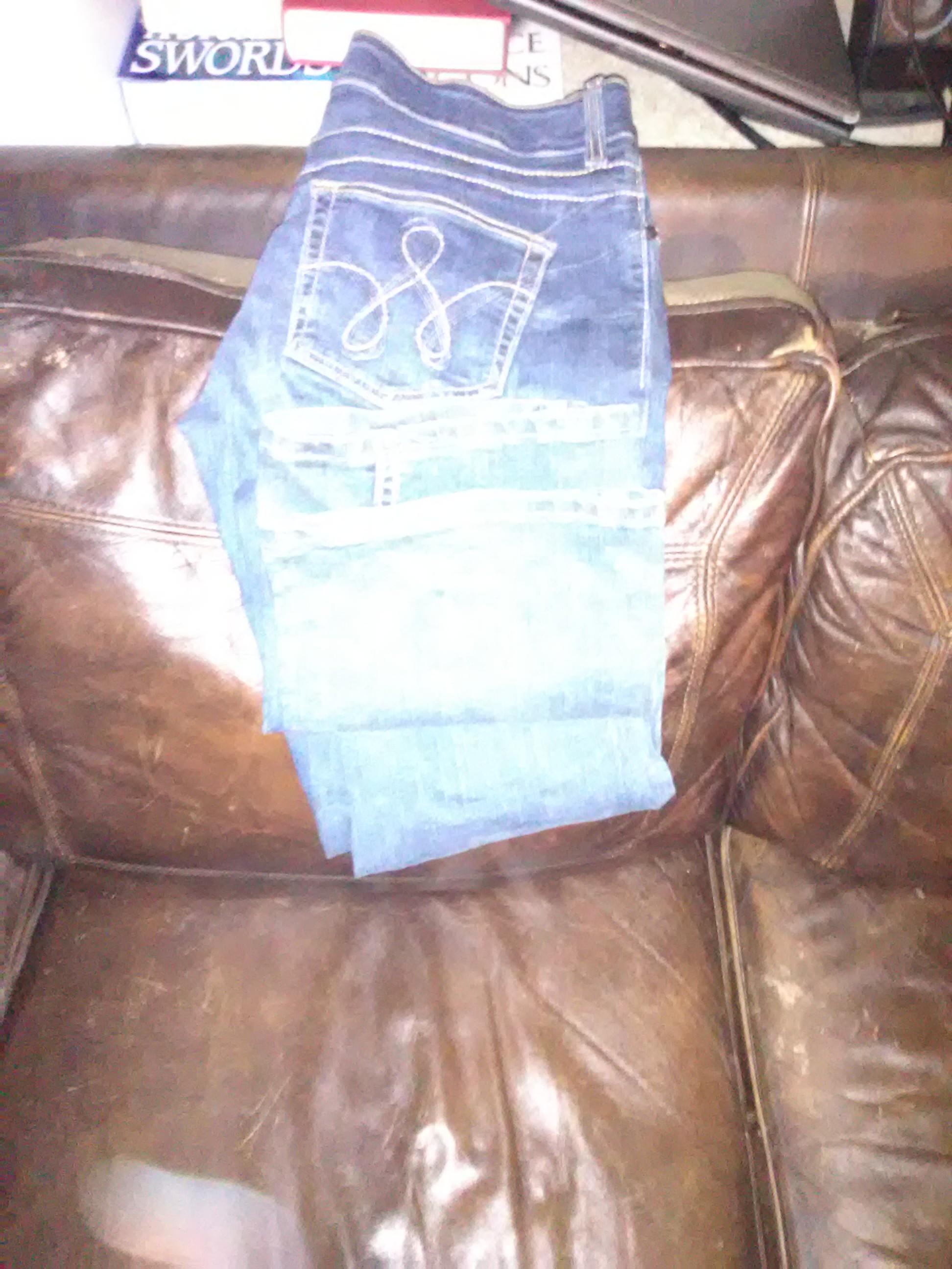 Wrangler jeans pink trim