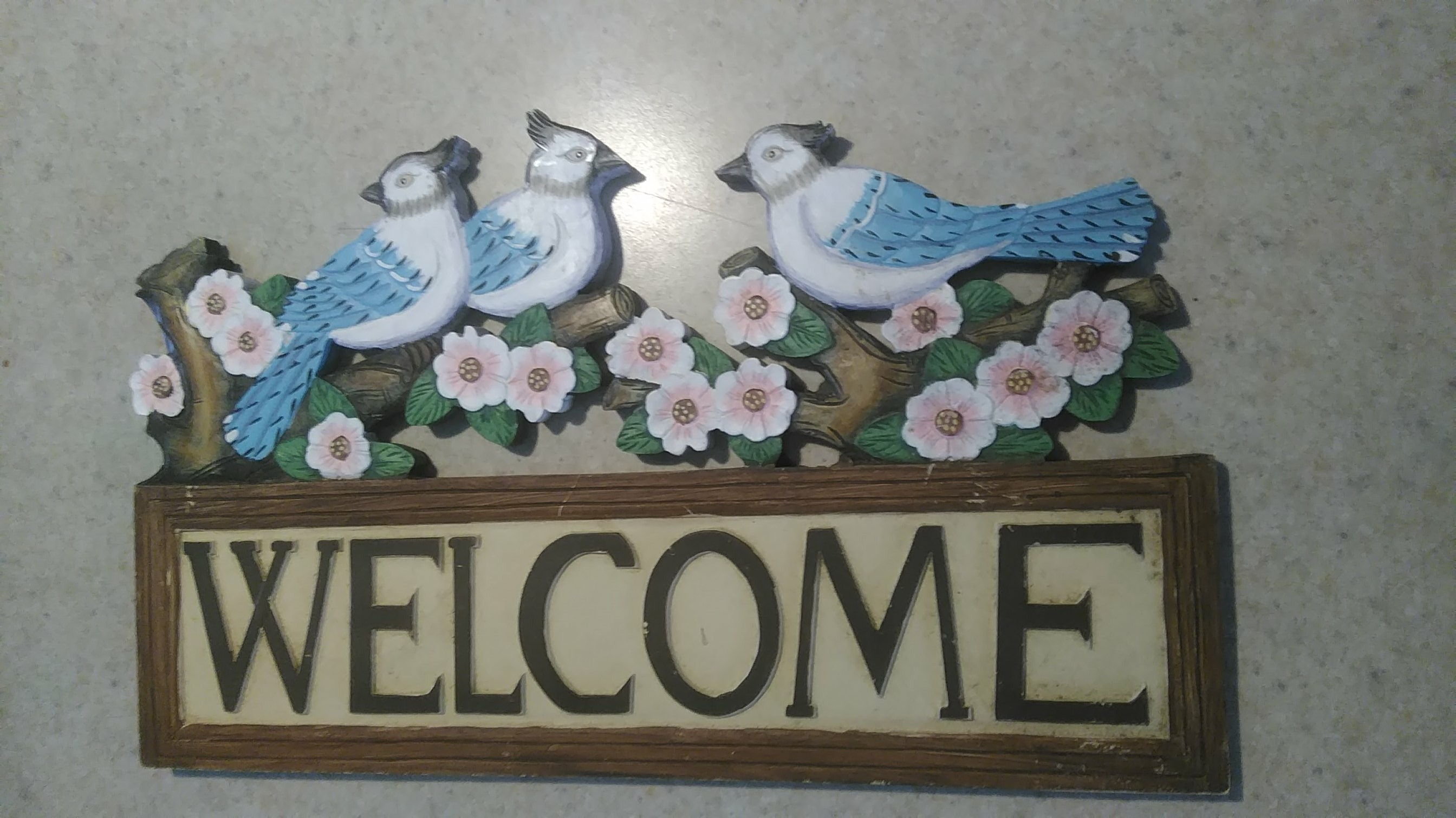 Resin welcome sign