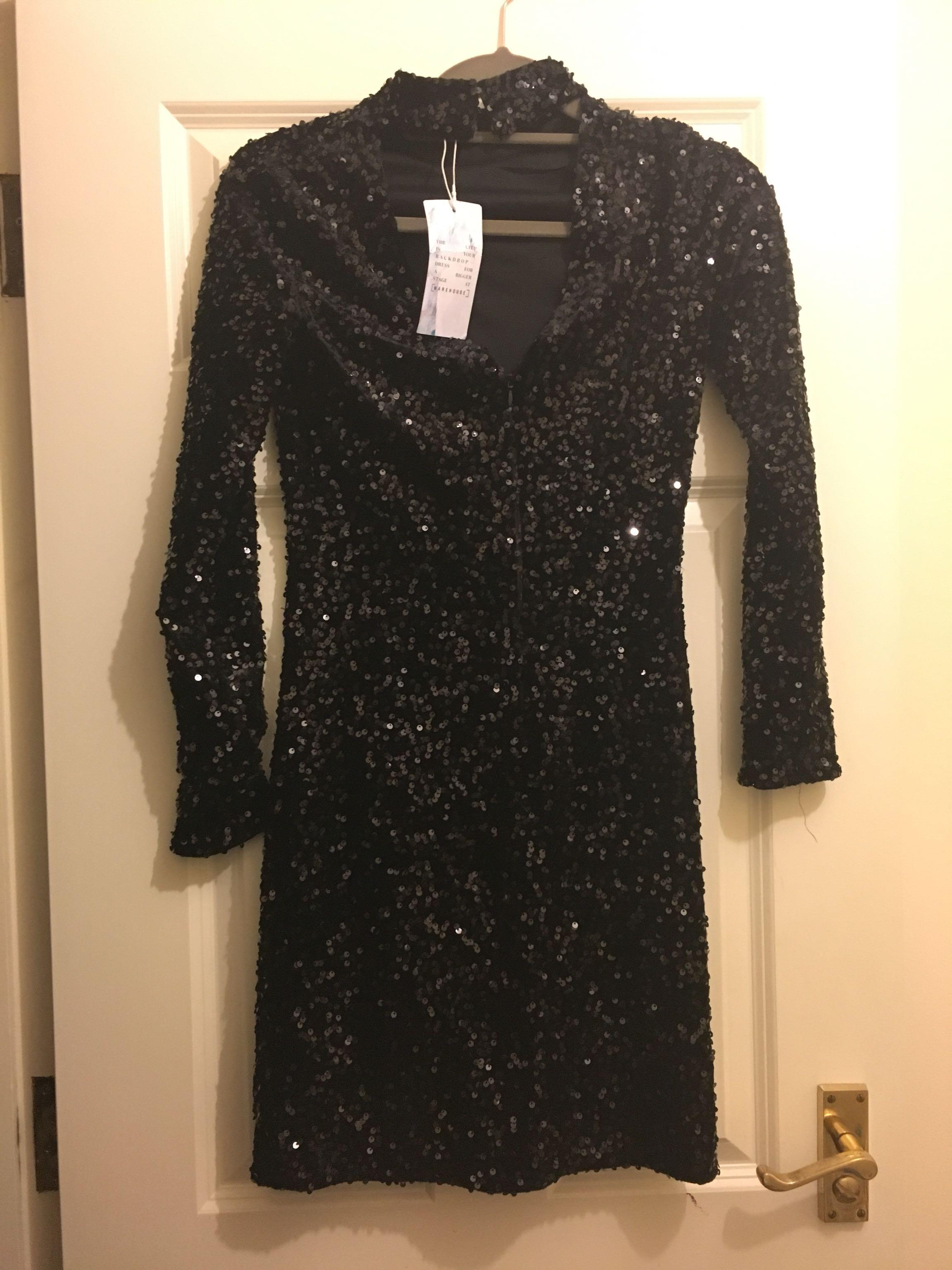 Warehouse dress size 8 never worn