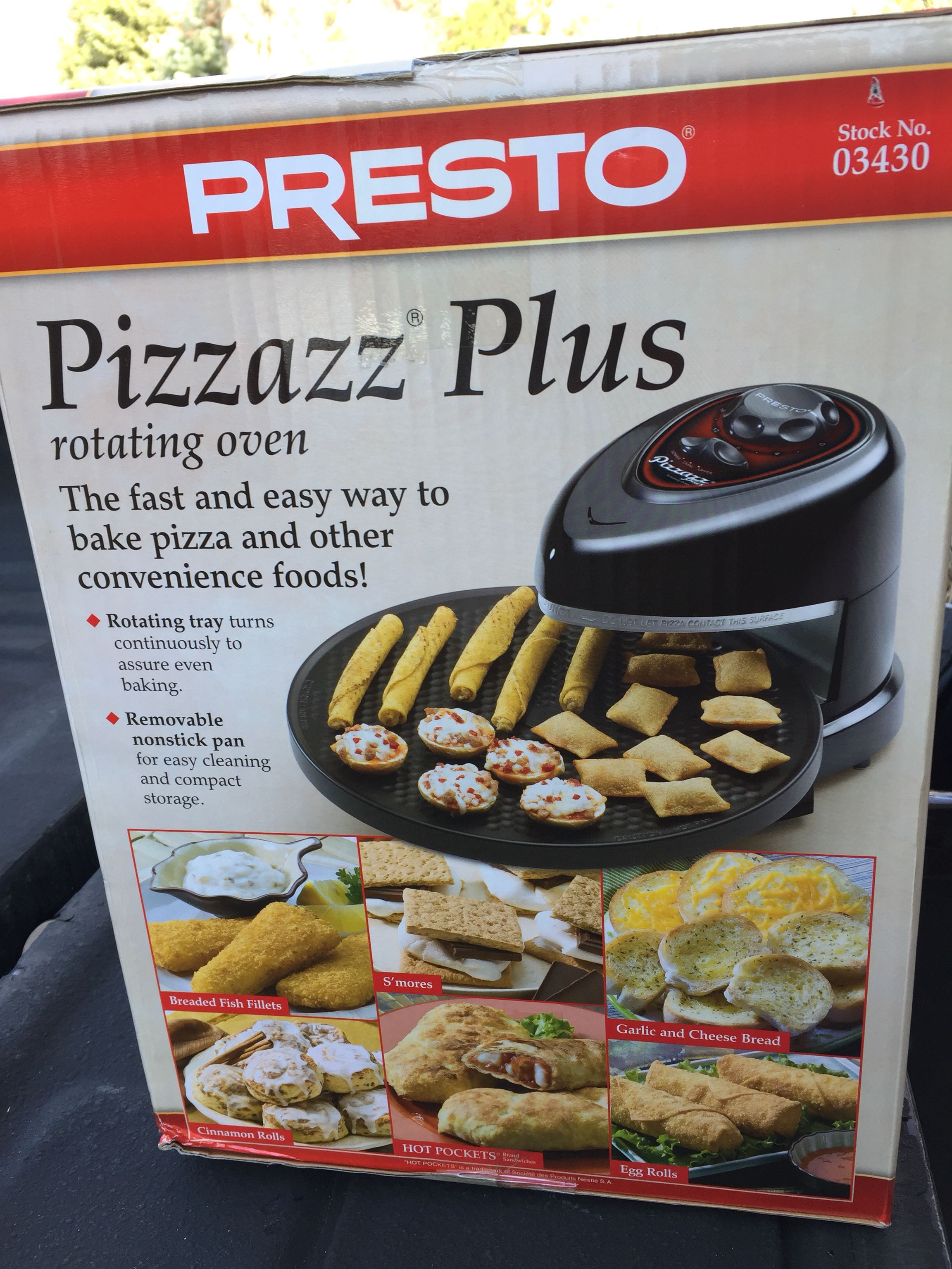 Pizzazz plus pizza maker and rotating oven