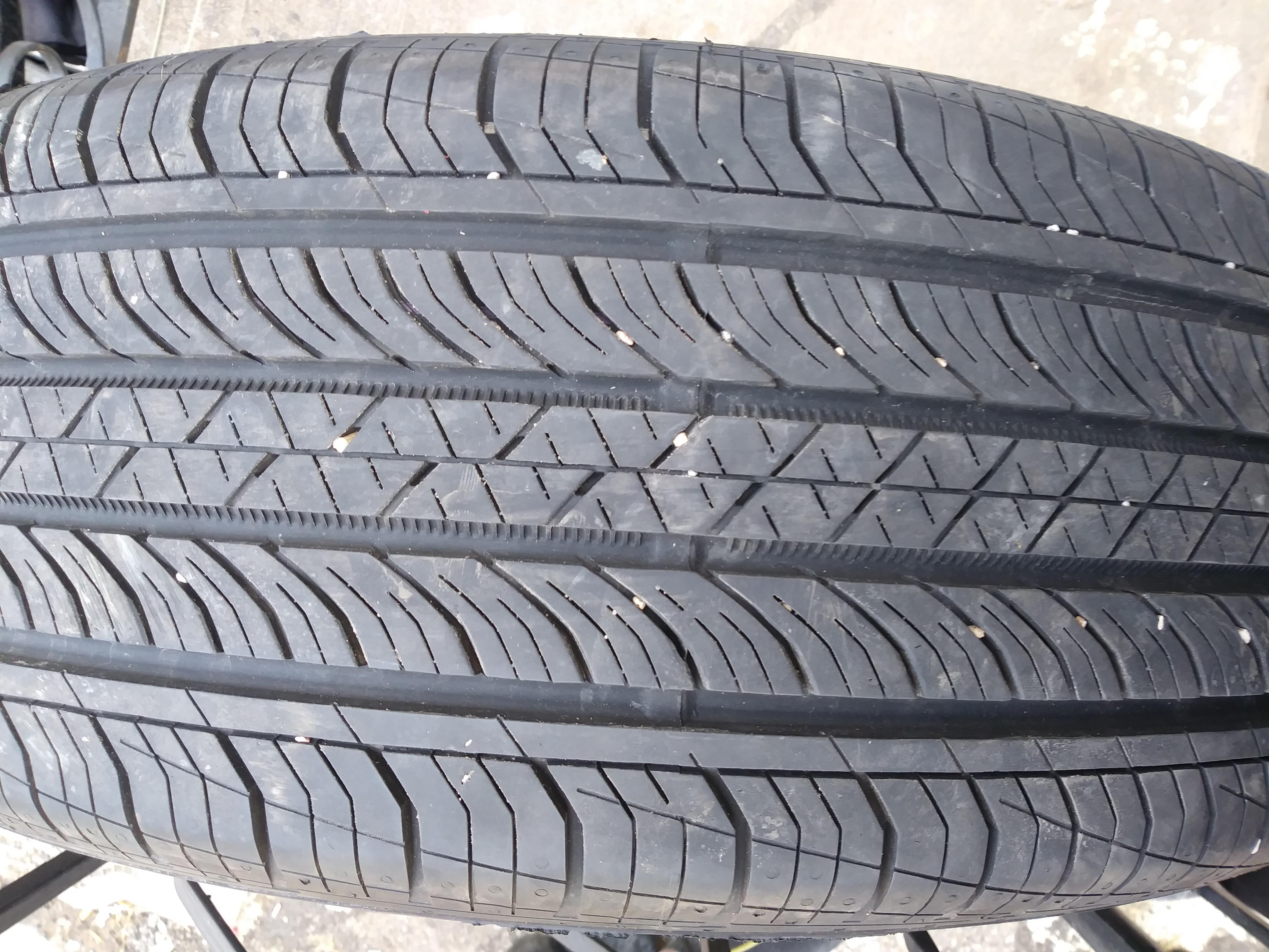 2 tires 225 60 18