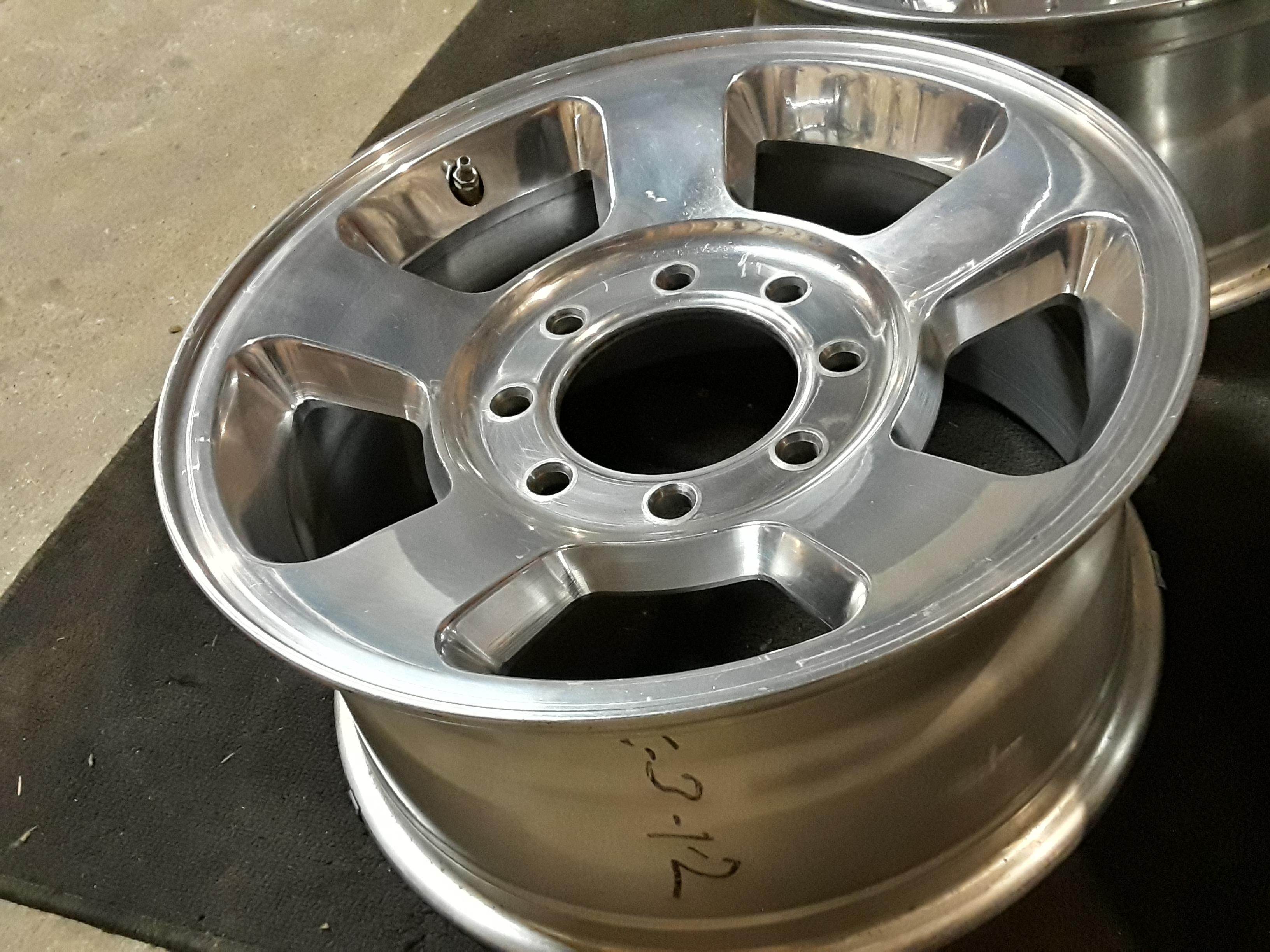 """17"""" OEM Dodge Ram 2500 polished machined alloy wheels"""