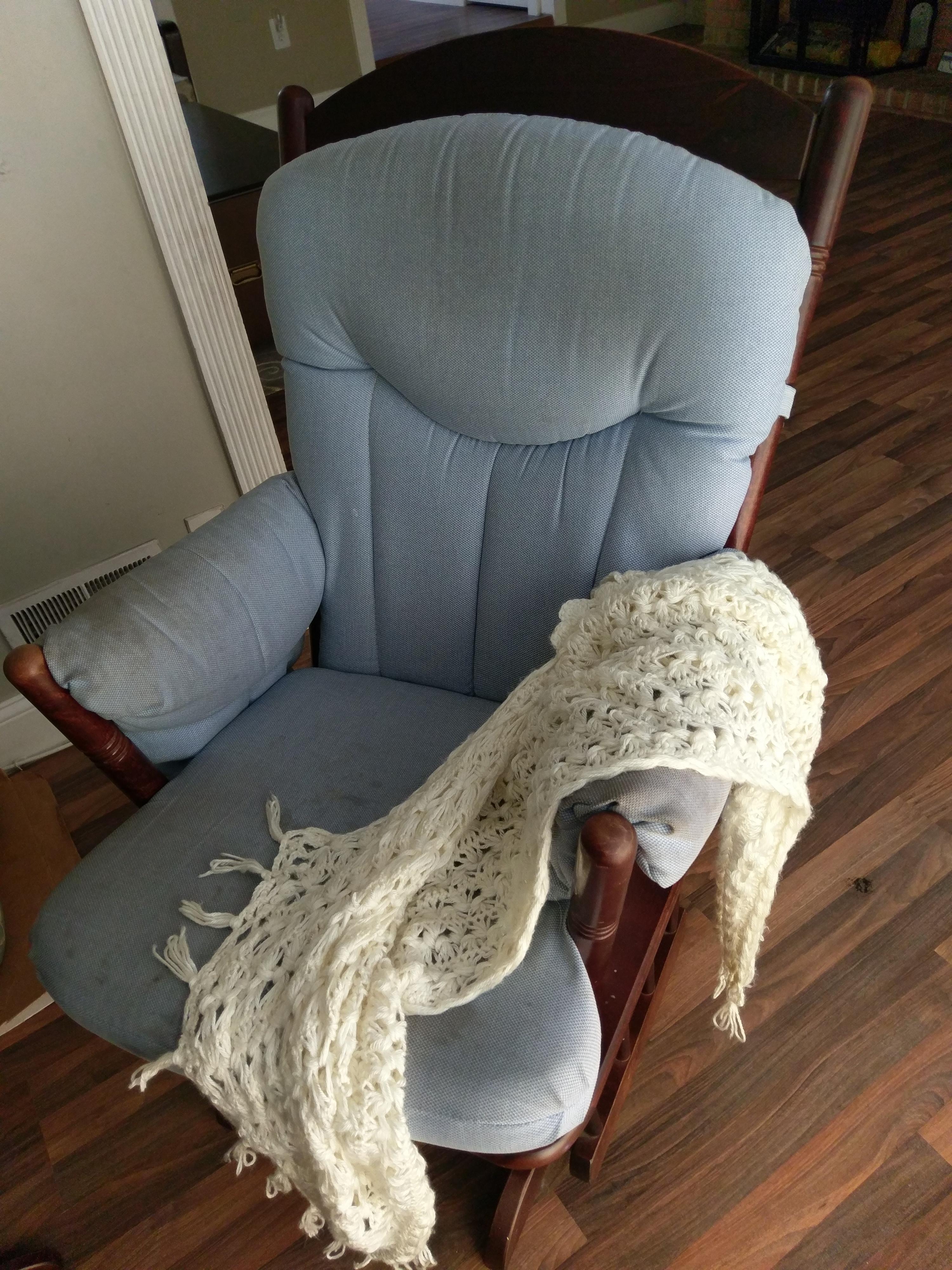Rocking chair/ Glider